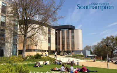 "< img src=""southampton-1-scaled.jpg"" alt=""migliori università Southampton campus"">"