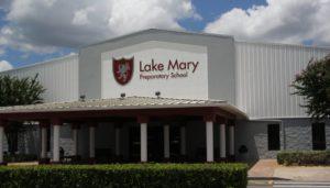 """< img src=""""lake-mary-scaled.jpg"""" alt=""""anno all'estero in USA lake mary scuola superiore"""">"""
