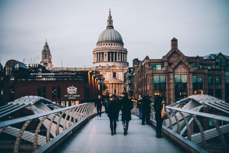 London, studying i London, studia w Londynie