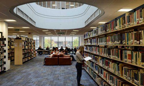 Uniwersytety za granicą - university overseas - università all estero - library