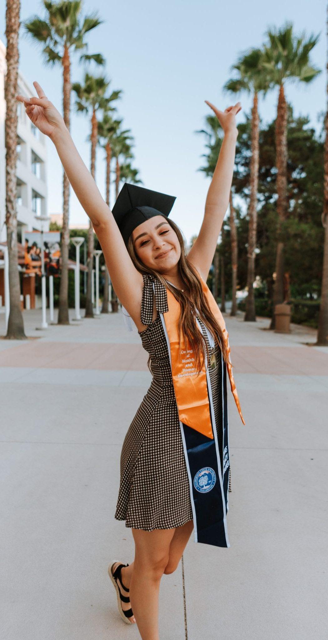 student - studenti - elab education - ielts - studiare all'estero - study abroad -students elab